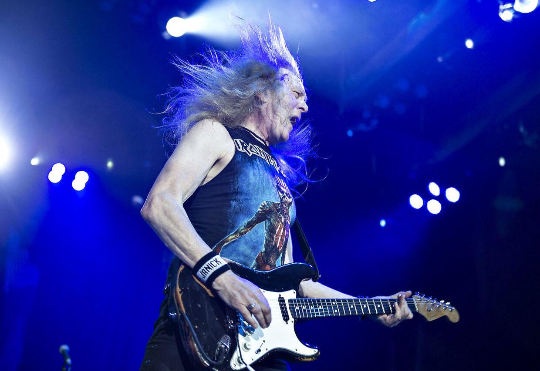 Iron Maiden gav tirsdag aften koncert i Boxen i Herning. Her Dave Murray.