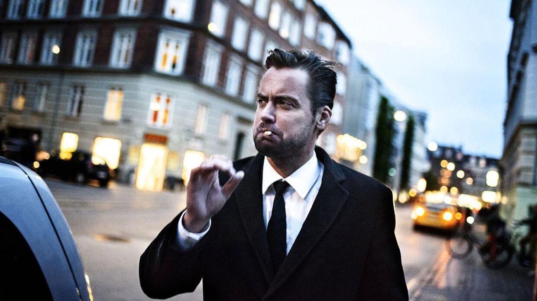 Blogger og forhenværende folketingskandidat for De Konservative Mads Holger er død.