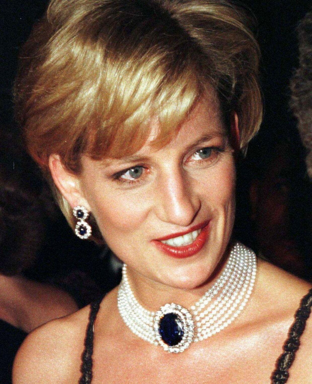 Godt 16 år efter prinsesse Dianas død hævder en ny kilde, at Diana, hendes elsker Dodi al Fayed og bilens chauffør Henri Paul alle blev myrdet af et medlem af det britiske militær. (Foto: Don Pollard, REUTERS)