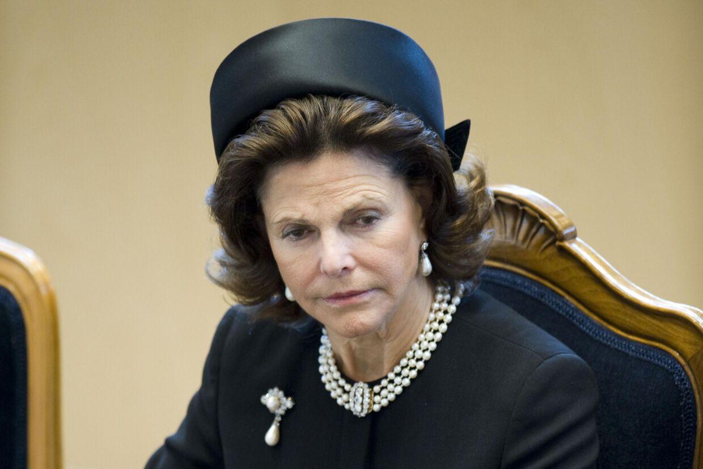 Svensk erhvervsmand revser Dronningens undskyldning for, hvorfor hendes far var en del af nazistbevægelsen under Anden Verdenskrig.