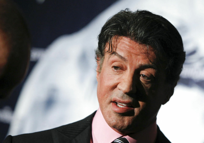 Den 66-årige skuespiller Sylvester Stallone er endnu engang blevet ramt af en tragedie. Søndag nat mistede han sin halvsøster, Toni-Ann Filiti.