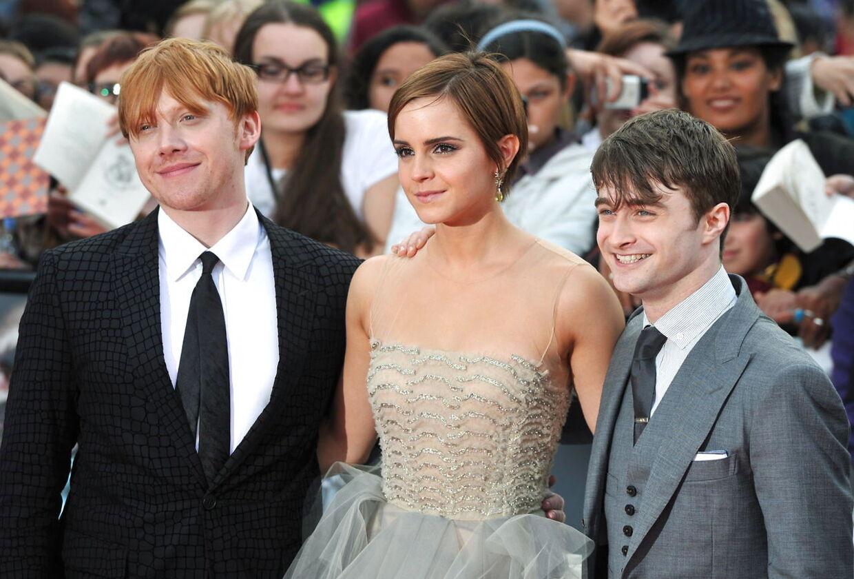 Der er endelig nyt til de mange fans om, hvordan det går Harry Potter og hans venner.