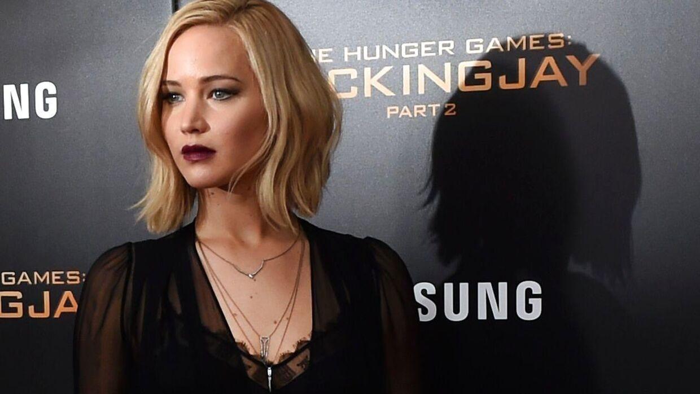 Her ses Jennifer Lawrence, der spiller Joy Mangano i filmen af samme navn.