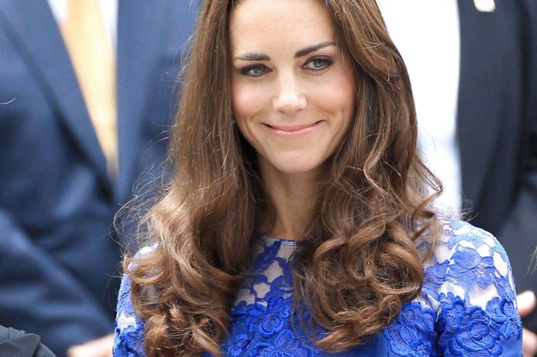 Kate Middleton - der i dag er Hertuginde af Cambridges - gør sit for ikke at få den opmærksomhed, som Pippa fik ved storesøsterens bryllup (arkivfoto).