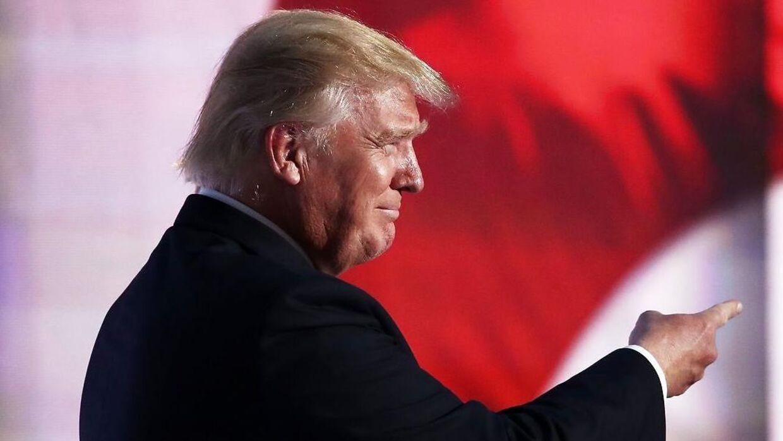 Mange har spekuleret i, om Trumps hårpragt er ægte.