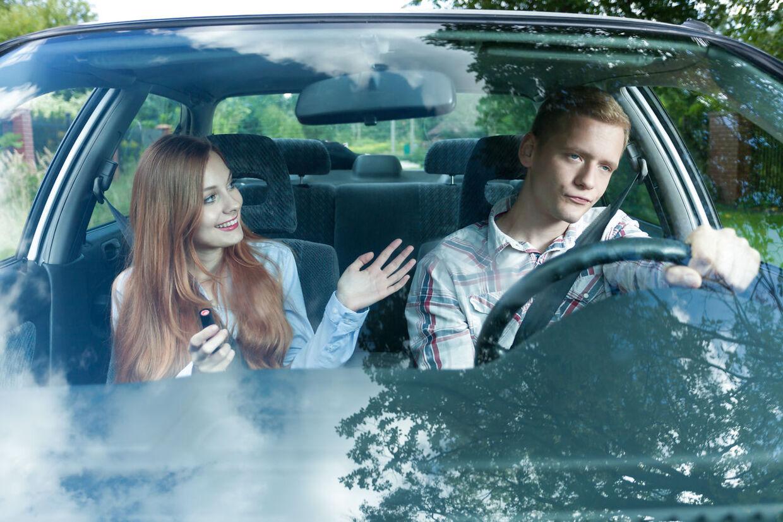 »Det er bare SÅ sødt at du vil køre os....Igen.«