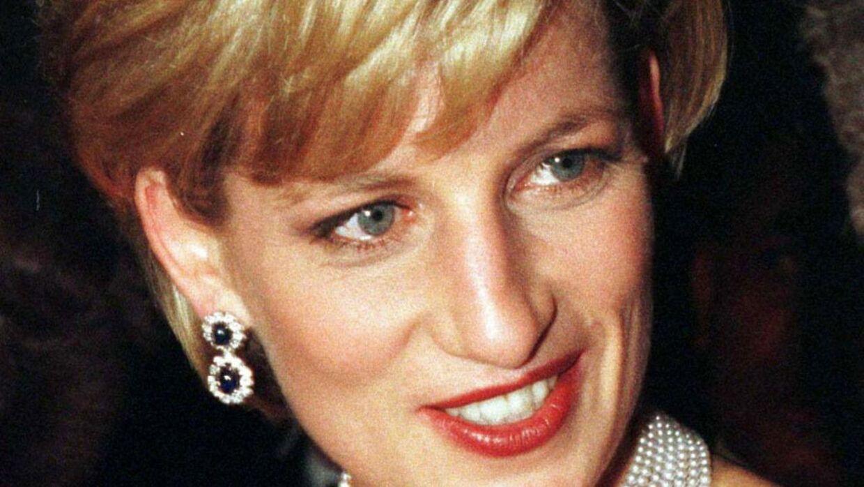 Det var Dianas bodyguard og hendes kæreste Dodi Fayed, som var skyld i hendes død, lyder det var en mand, som arbejdede som hendes livvagt i seks år, mens hun endnu var medlem af den kongelilge familie.