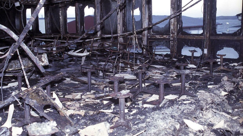 Sådan så Scandinavian Star ud efter branden, der dræbte 159 mennesker.