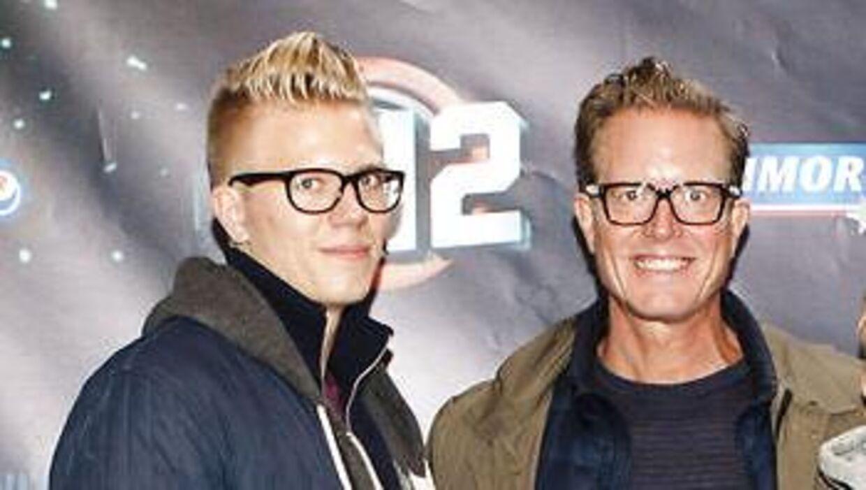 Her ses Peter Mygind (th) og sønnen Julius Mygind til awardshowet 'The Voice' i 2012. Arkivfoto.