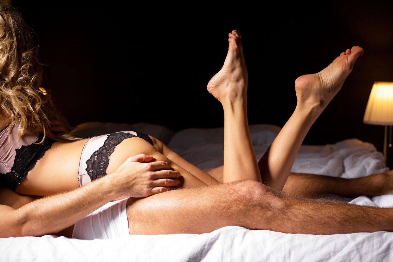 Dyb hals sex video