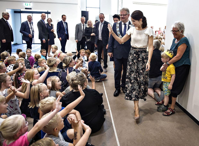 Kronprinsesse Mary besøgte og indviede onsdag den 15. september Aabybro Skole i Nordjylland.
