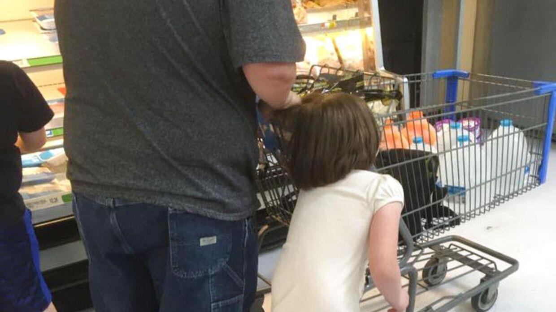 Erika Burch bad manden om at slippe den lille pige. Han svarede blot, at hun skulle passe sig selv.