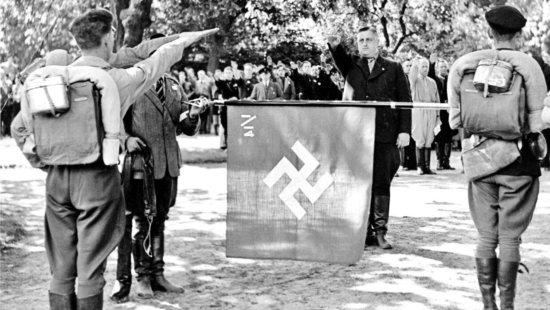 Frits Clausen var lægeuddannet og gennem flere år magtfuld leder af DNSAP og blev i krigens sidste år frivillig læge for Waffen SS. Foto: Scanpix