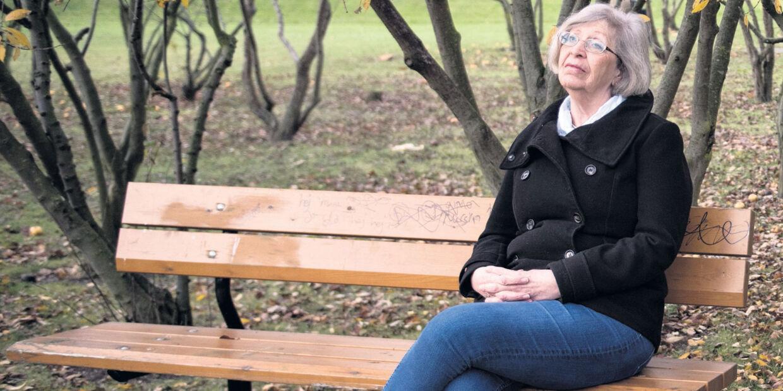 midaldrende kvinde på nett dating