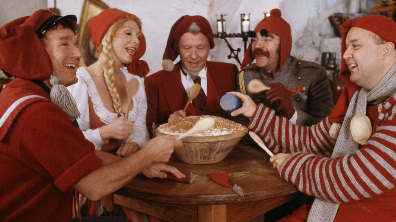 'Nissebanden i Grønland' er den anden i rækken af julekalendere om den rødklædte bande.