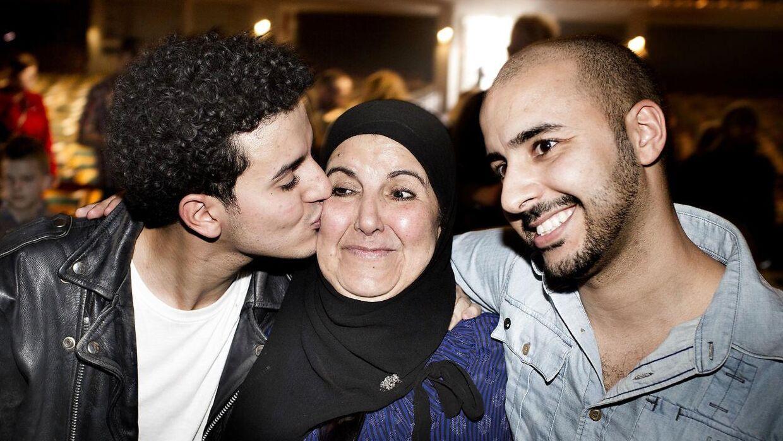 Basim med mor og bror efter Grad Prix-sejren i 2014.