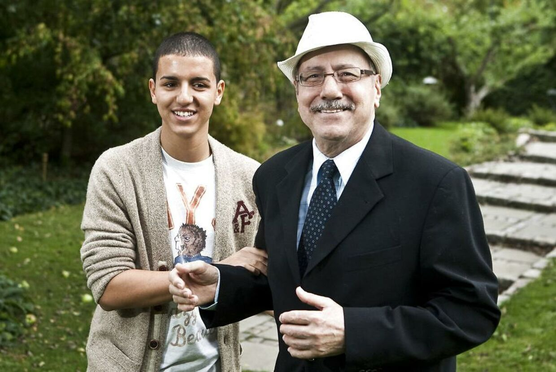 Basim med sin far i 2009. Abdel Moujahid døde af leukæmi i 2012.