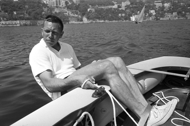 Sejleren Paul Elvstrøm er død Sejleren.Paul Elvstrøm vandt fire OL guldmedaljer og 13 verdensmesterskaber. Arkivfoto: OL i Rom 1960. Danske Paul Elvstrøm vandt sin fjerde guldmedalje i træk i Finnjolle.
