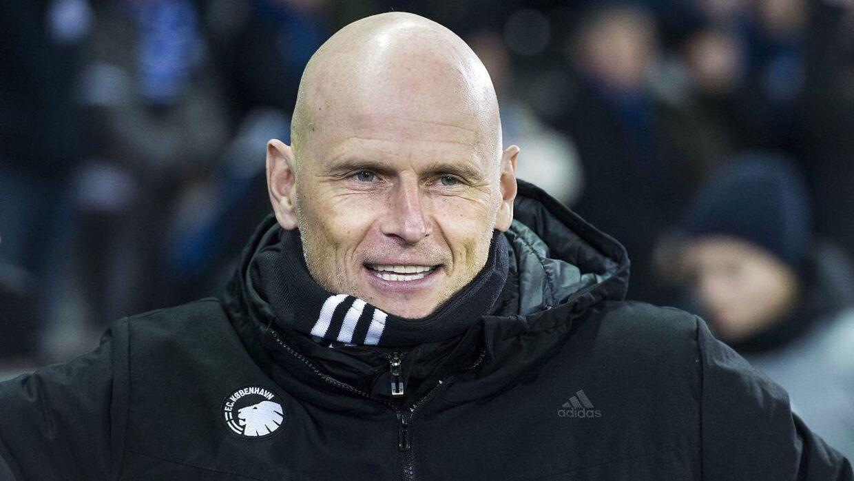 Ståle Solbakken kan smile ekstra bredt over millionerne, som strømmer ind i kassen efter de fine præstationer i Champions League.