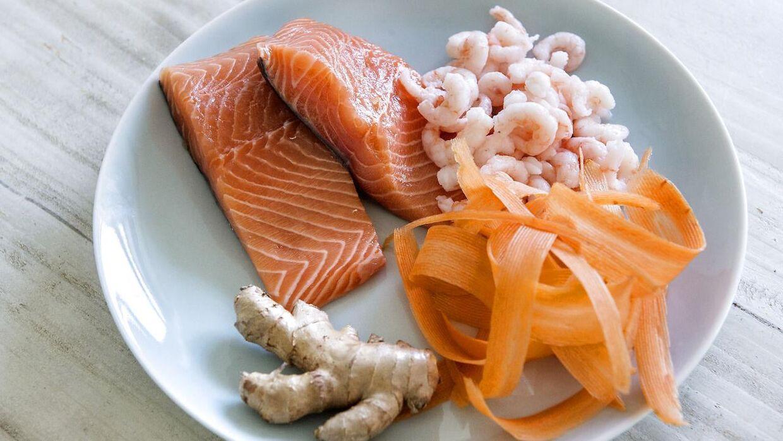 Sund og varieret kost som på billedet er vejen frem - men ingefærshots i sig selv giver eksperterne ikke meget for.