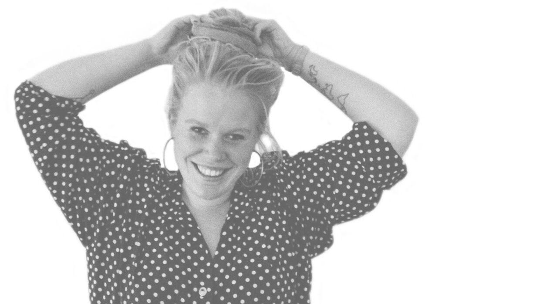 26-årige Mona Ebdrup kæmper for, at alle uanset højde og drøjde skal accepteres.
