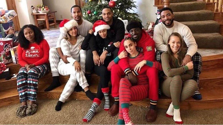 Dette julekort fra skuespiller og model Lance Gross har skabt stor racedebat på sociale medier.