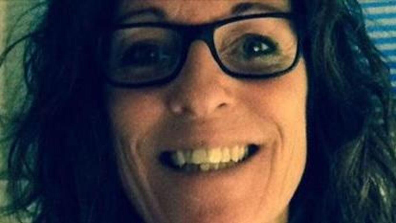 Stinne Bay mistede sit fleksjob efter at kommunen havde overvåget hende på Facebook.