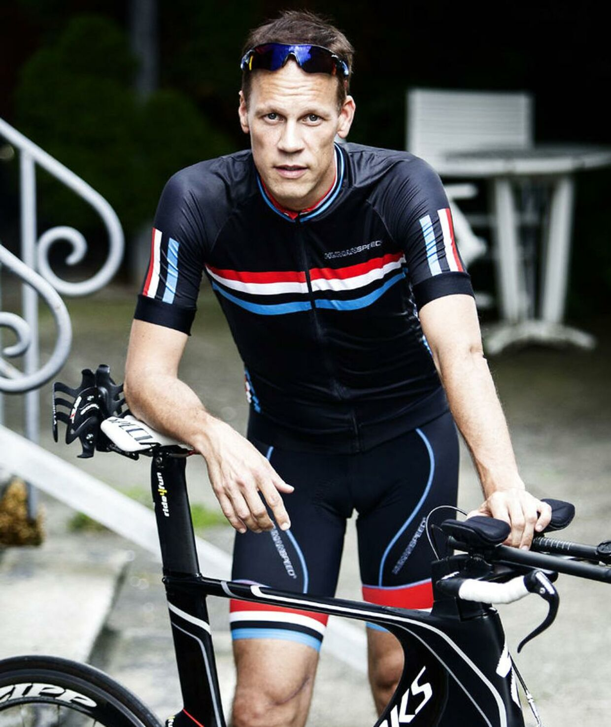 Dennis Ritter har altid elsket cykling, og han kunne ikke lægge cyklingen fra sig, selvom han blev frustreret over de mange cykeltyverier, han var udsat for.