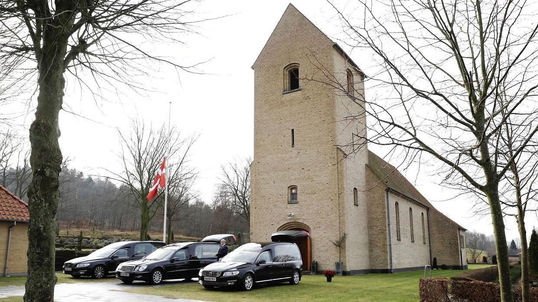 Ofrene for familietragedien i Ulstrup bliver begravet den 24. januar 2017.