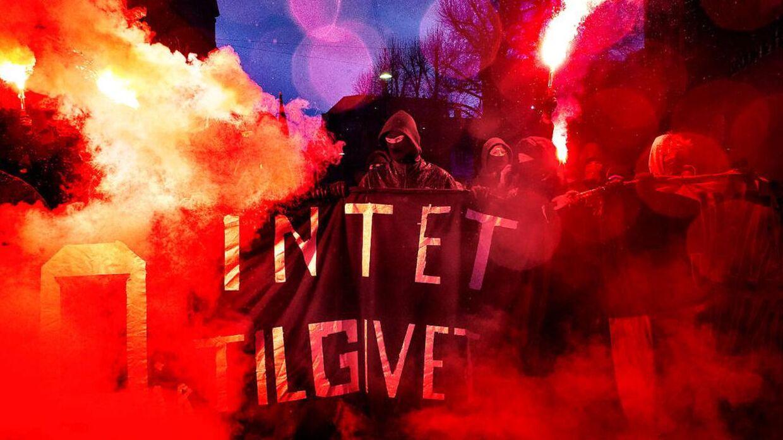 10-årsdagen for nedrivningen af Ungdomshuset på Jagtvej 69, blev onsdag d. 1. marts 2017 markeret med en stor demonstration igennem Københavns gader.