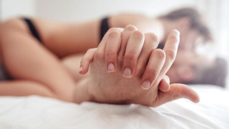 Kenneth Play observerer par, der har sex. Er dette drømmejobbet?