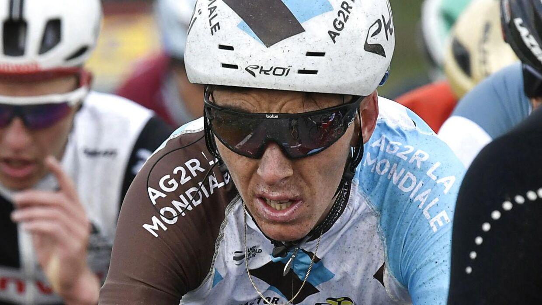Romain Bardet er blevet smidt ud af Paris-Nice.