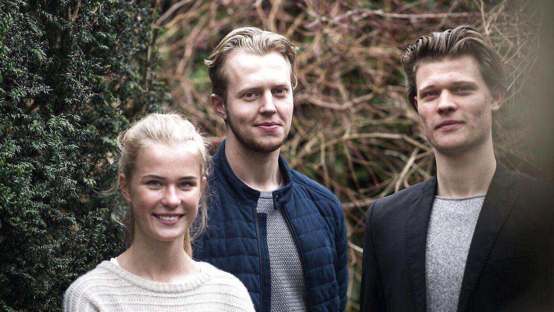 Victoria Gaber, Frederik Garber og Mathias Andersen, som har startet smykkevirksomheden Garber sammen.