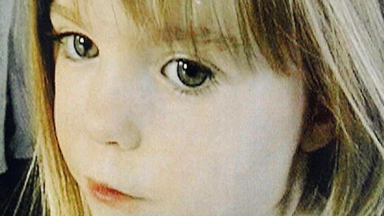 Et af de sidste billeder, der blev taget af den forsvundne britiske pige. Nu hævder en kriminalekspert, at Madeleine McCann slet ikke blev bortført, men at hele historien om kidnapning kun tjener som et røgslør.