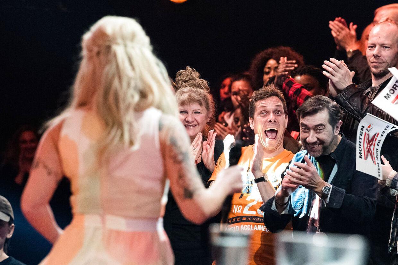 Her er det et billede fra d. 3. marts - hvor kæresten heppede med blandt publikum.