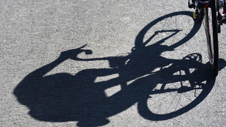 En tidligere Tour de France-vinder er død. Cykelrytteren her på billedet lever i bedste velgående.