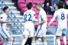 Andreas Cornelius (to fra højre) scorede to mål, da FCK vandt over FCM. Resultatet betyder, at FCK er meget tæt på at genvinde DM-guldet.