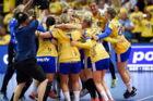 Tredje og afgørende DM-Finale i damehåndbold i Næstved. Nykøbing Falster Håndbold vs København Håndbold. Lørdag den 27. maj 2017. Nykøbing Falster jubler over DM-titlen, de vandt kampen 27-25. (Foto: Claus Bech/Scanpix 2017)
