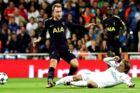 Christian Eriksen (tv) glæder sig til returkampen mod Real Madrid i næste runde i Champions League.