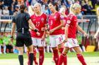 Spillerforeningens formand og direktør havde sent onsdag et møde med de kvindelige danske landsholdsspillere, hvoraf der her ses nogle stykker fra sommerens EM, hvor Danmark vandt sølv.