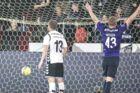FCM (sorte strømper) ser sig selv som en mulig guldkandidat i denne sæson. Fredag vandt holdet 4-2 over AC Horsens.