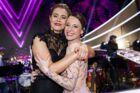 Sofie Lassen-Kahlke og Iben Hjejle skal dyste om at vinde 'Vild med dans' fredag aften. (Foto:Martin Sylvest/Scanpix 2017)