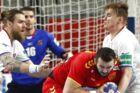 Tjekkiet (hvide trøjer) spillede sent tirsdag mod Makedonien.
