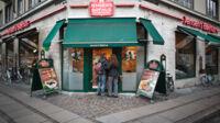 Jensens Bøfhus-ejer vinker farvel til 10 millioner kroner
