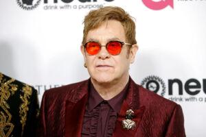 Her ses Elton John 25. marts 2017.