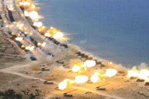På billedet: Militærøvelse i Nordkorea tirsdag.