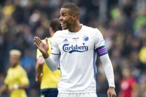Mathias Zanka Jørgensen har skiftet agent i jagten på en ny klub i udlandet.