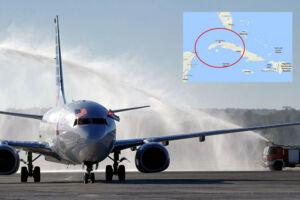 Arkivfoto: På billedet ses det første kommercielle fly fra USA i 50 år lande lufthavnen Santa Clara, Cuba, tilbage i november 2016. Lørdag aften dansk tid skriver cubanske medier, at et fly fra et cubansk flyselskab meldes savnet. Passagerflyet er forsvundet fra radaren over den vestlige del af Cuba.