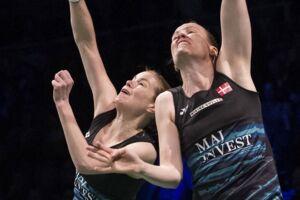 Kamilla Rytter Juhl (th) og Christinna Pedersen vandt over Gabriela Stoeva og Stefani Stoeva fra Bulgarien i EM-finalen.