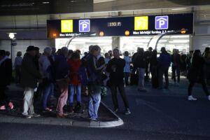 Den mistænkelige kuffert betød, at adskillige rejsende måtte evakueres fra lufthavnen.
